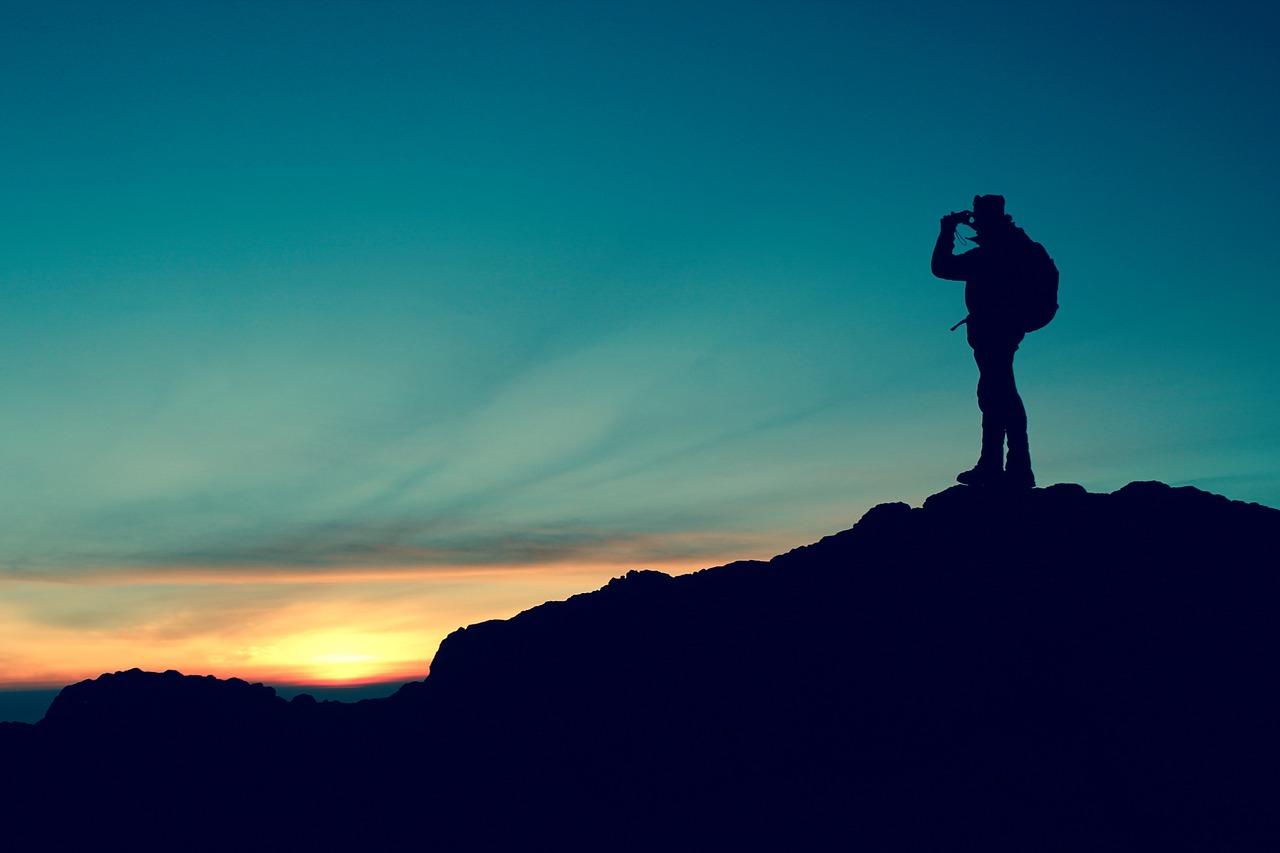 ten-hiking-essentials
